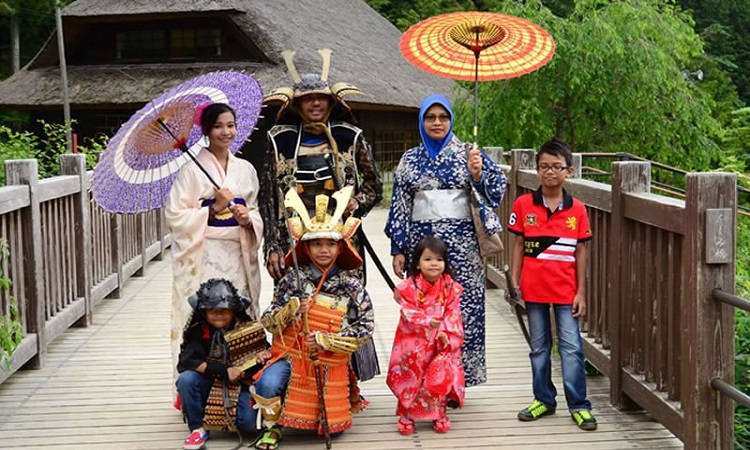 MT.FUJI 5TH STATION & JAPANESE COSTUME EXPERIENCE